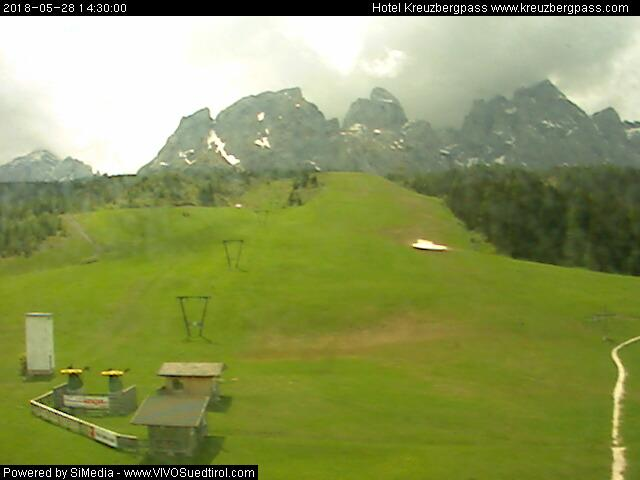 http://webcam.kreuzbergpass.com/webcam.asp